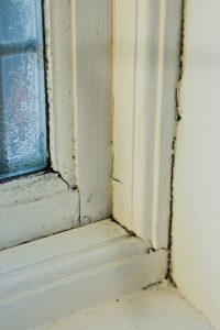 cracking window seam